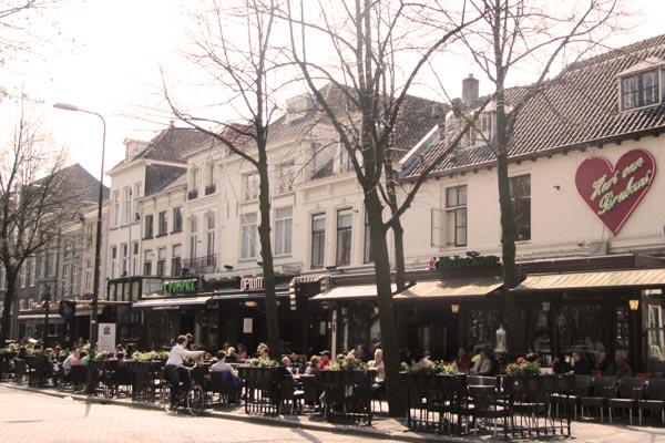 Cafés aan de Parade